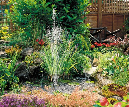 Hozelock small pond kit for Small pond fountains
