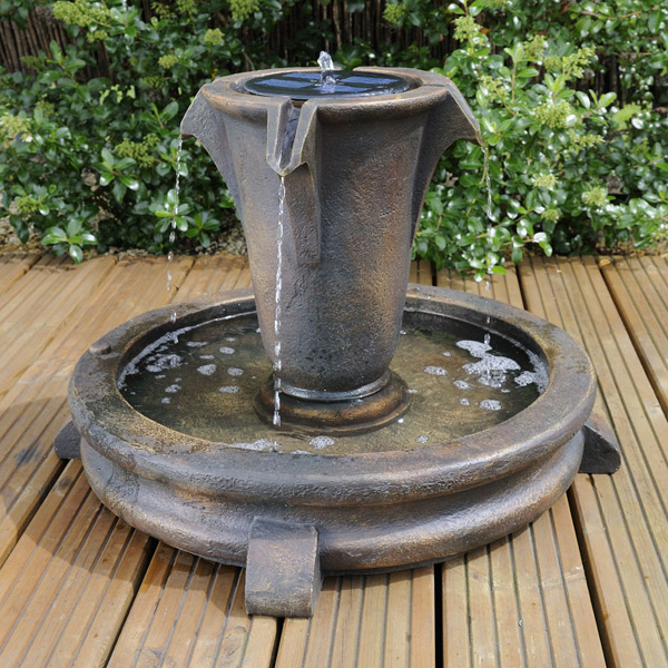 Bermuda Sandringham Solar Powered Water Feature - GardenSite.co.uk