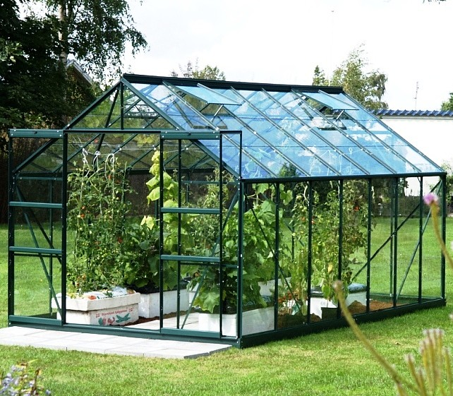 /upload/media/Vitavia Greenhouses/Greenhouse Jupiter 11500 in Green with glass_.jpg