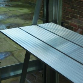 with 4ft Long (11inch Wide) 3 Slat Diamond Staging in MATCHING POWDER COATED FINISH