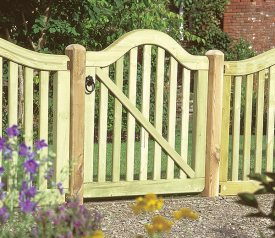 with Hampton 3ft x 3ft Gate
