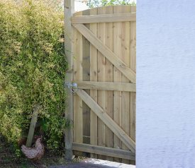 with Arched Featheredge 3ft x 6ft Gate