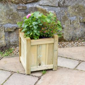 Small Holywell Planter