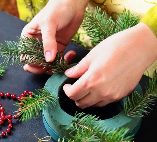 Creating wreath