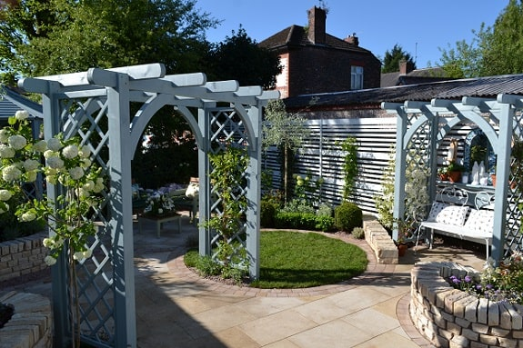 Show Garden with Grey Arches